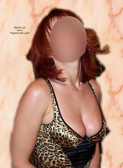 Pic #8 - Cindy En Leopard