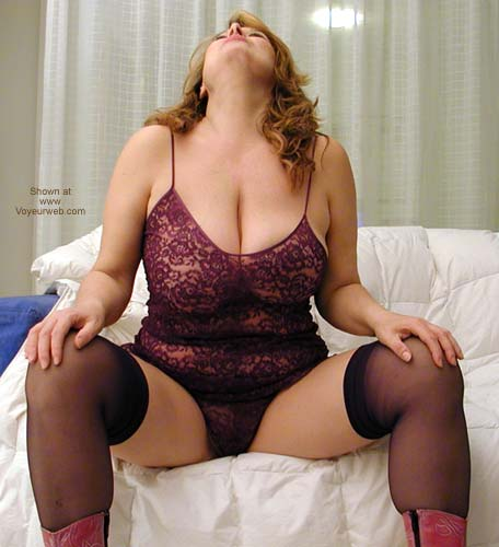 Pic #1 - Dafne Too Sexy With Purple Lingerie