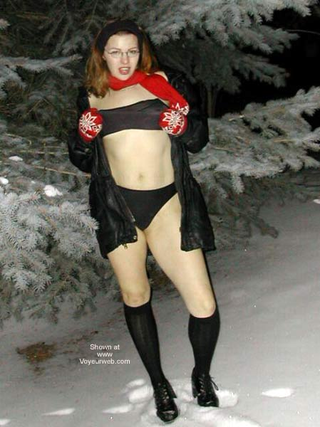 Pic #5 - Lipgloss In A Winter Wonderland