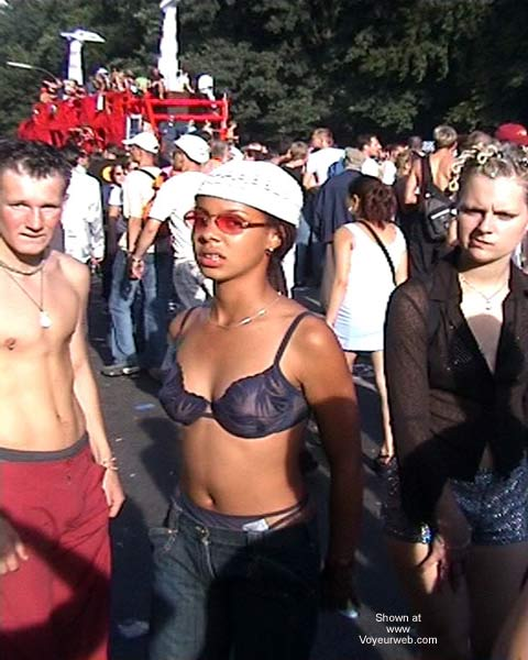 Pic #4 - LoveParade 2001 In Berlin 44