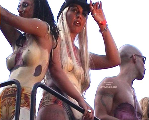 Pic #4 - LoveParade 2001 In Berlin 49