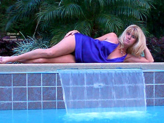 Pic #3 - Mrs Aero by The Pool