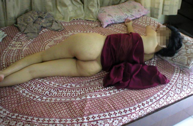 Pic #4 - Shy Indian Wife Returns
