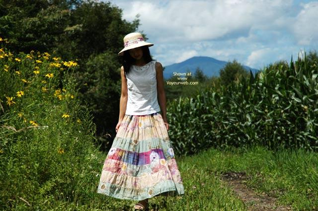 Pic #1 - Satomi At Corn Field