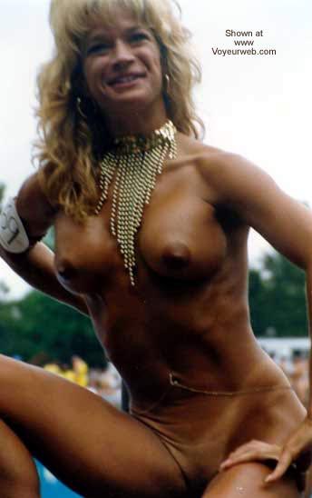 Pic #4 - Bare Hunter at Nudes a Poppini