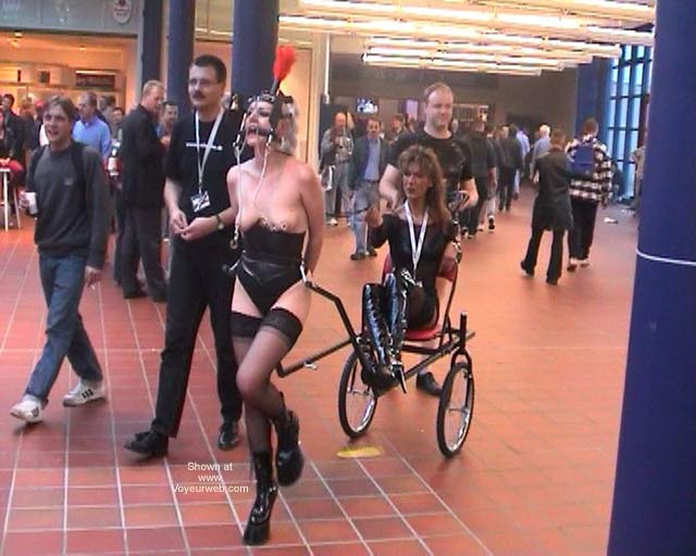 Pic #6 - German Erotic Fair Venus 52