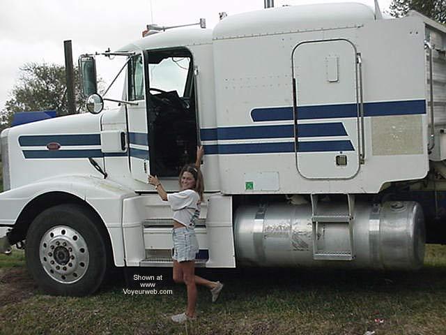 Pic #1 - Texas Photogirl and Peterbuilt