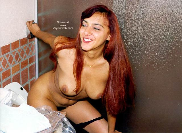 Pic #9 - Kiara's Red Hair at Motel in Rio