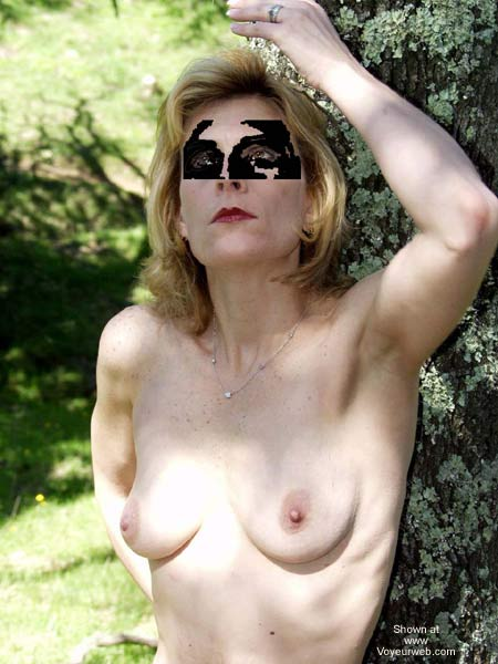 Pic #3 - Naked in The Park