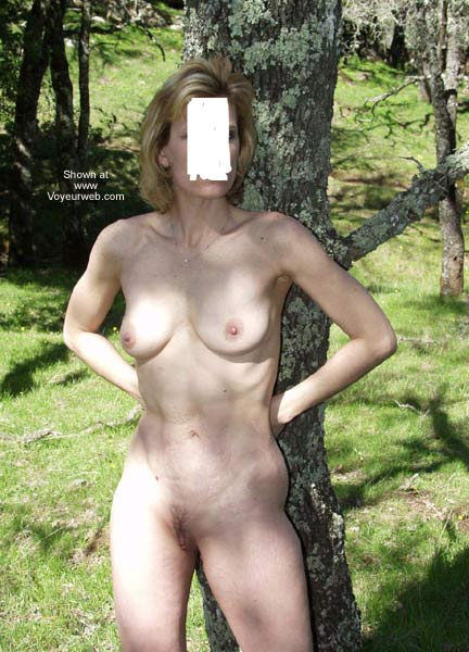 Pic #4 - Naked in The Park