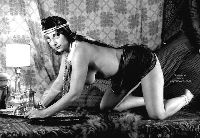 Pic #1 - Pompy Harem Slave