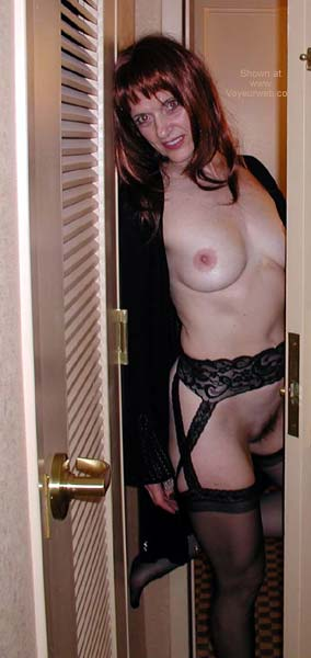 Pic #5 - Laila at Your Door