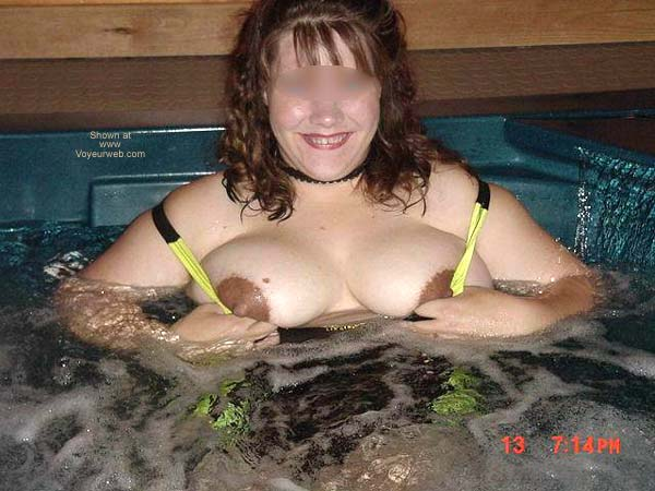 Pic #3 - Dutch Wife in Hott Tub