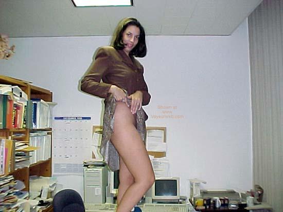 Pic #1 - Princess Elizabeth Stripping 1