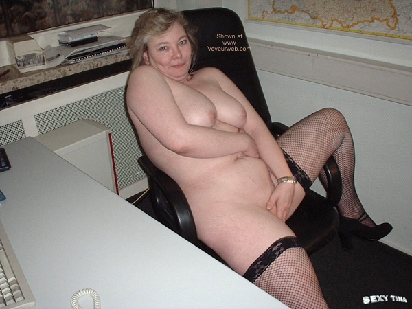 Pic #4 - Sexy Tina at Work 5