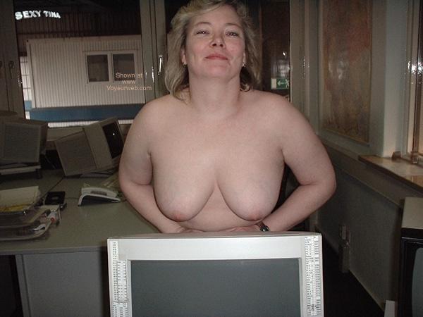 Pic #5 - Sexy Tina at Work 5
