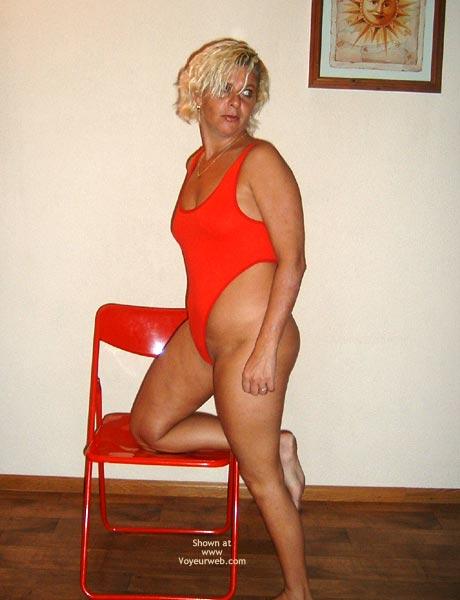 Pic #1 - 38yo Dutch Red String Body