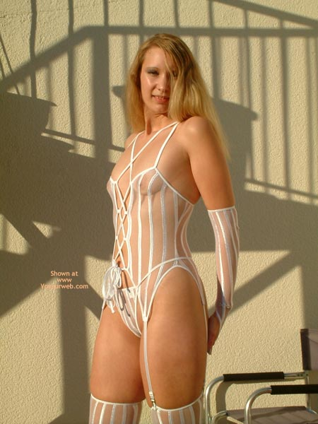 Pic #1 - Goldengel 3 In White Lingerie