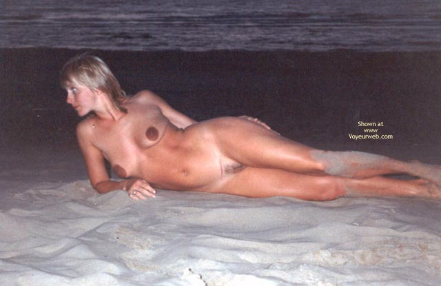 Pic #4 - Erica On Vacation 2