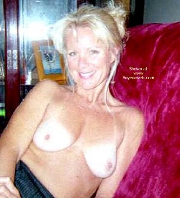 Pic #3 - Jeannie'S Sexy Titties