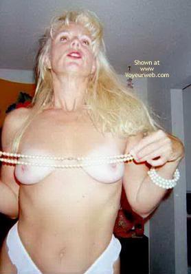 Pic #6 - Jeannie'S Sexy Titties