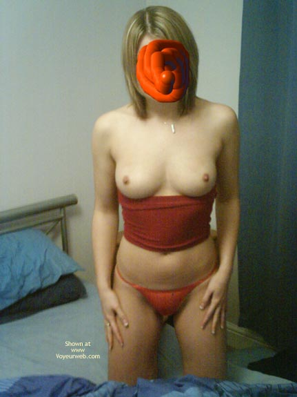 Pic #2 - Sexy Gf 1st Time