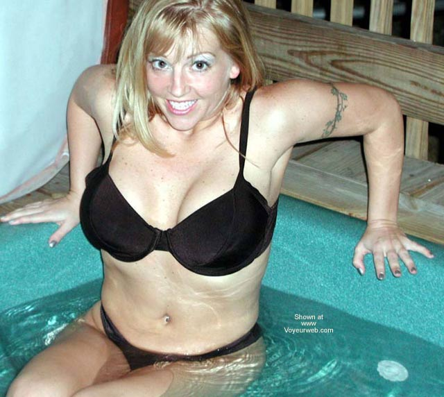 Pic #3 - Hot Pics of Wife in Jacuzzi
