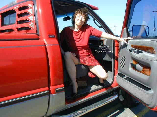 Pic #4 - Diane Warming up to Flash