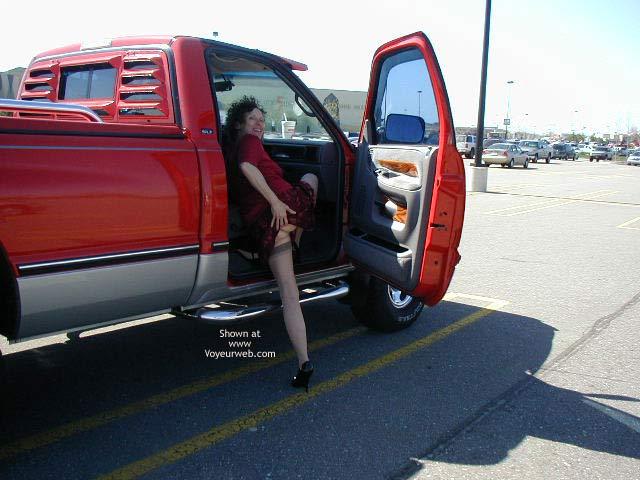 Pic #6 - Diane Warming up to Flash