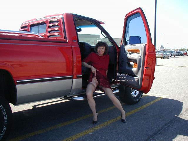 Pic #10 - Diane Warming up to Flash