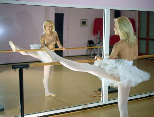 Pic #3 - Veronica Flash Dance