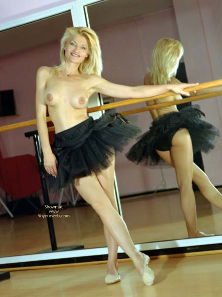 Pic #4 - Veronica Flash Dance