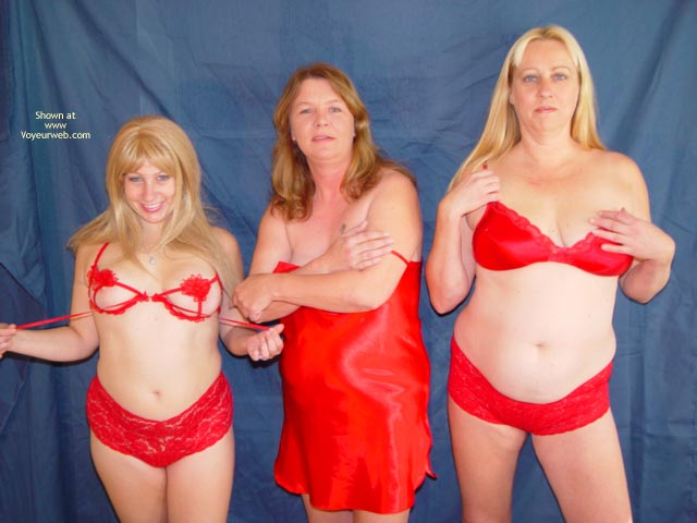 Pic #1 - Mother,Daughter,Daughter