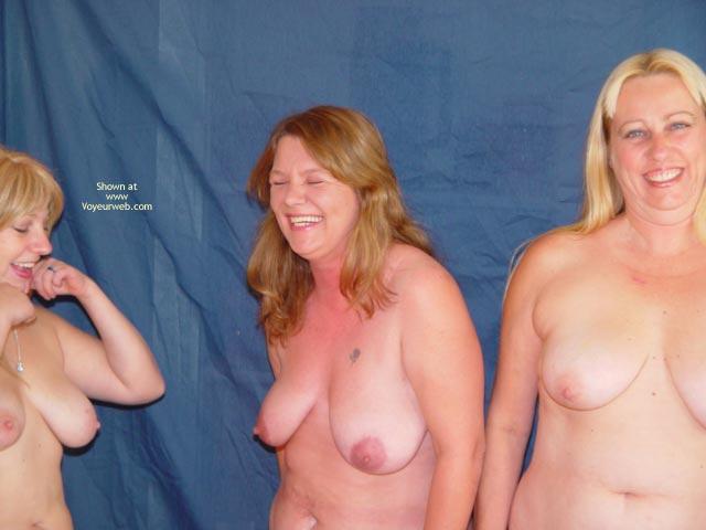 Pic #3 - Mother,Daughter,Daughter
