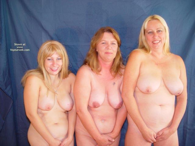 Pic #6 - Mother,Daughter,Daughter