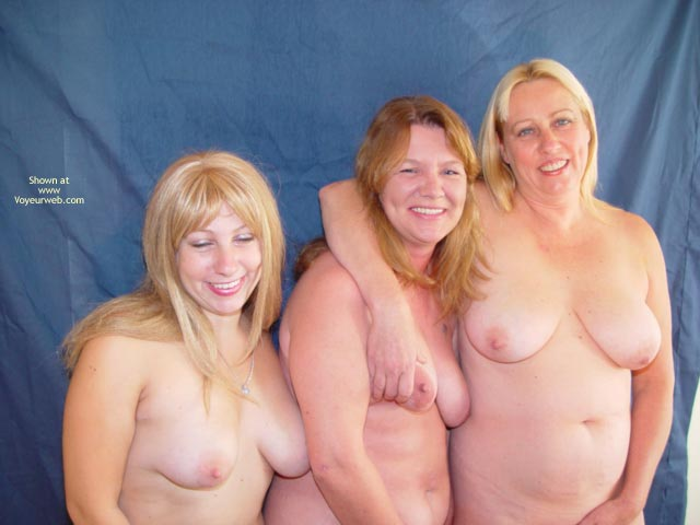 Pic #7 - Mother,Daughter,Daughter