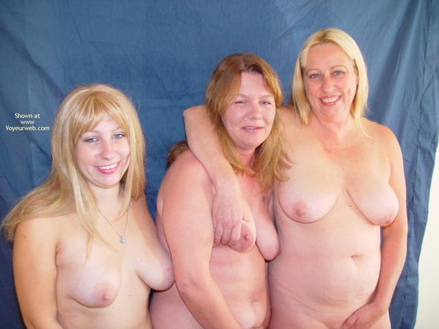 Pic #9 - Mother,Daughter,Daughter
