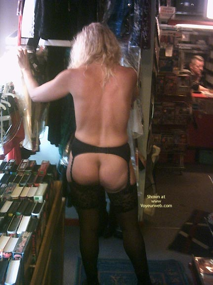 Pic #3 - *Sn Jaol In An Adult Store 2