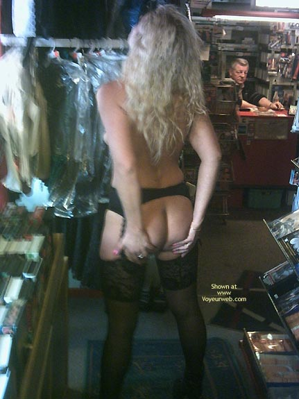 Pic #7 - *Sn Jaol In An Adult Store 2