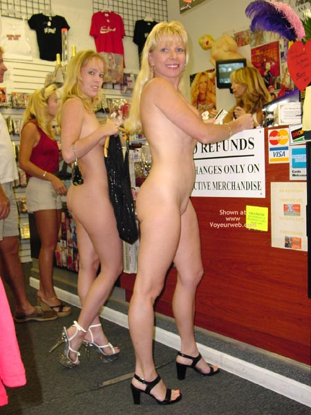 Pic #9 - *Sn Chris And Taija Need Some Clothes Pt.1