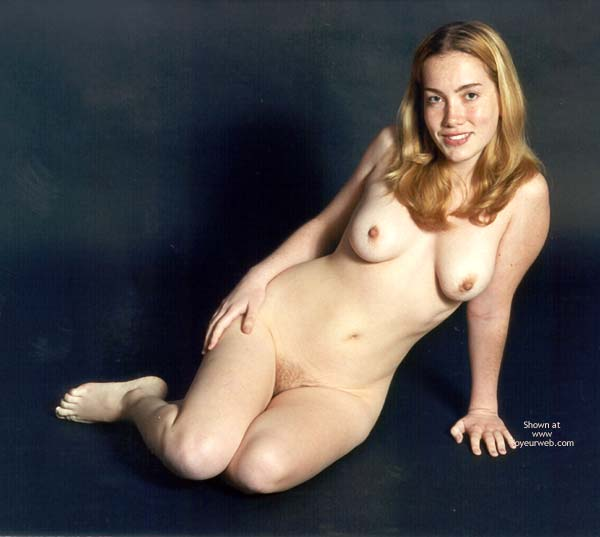 Pic #3 - Amy Nudes