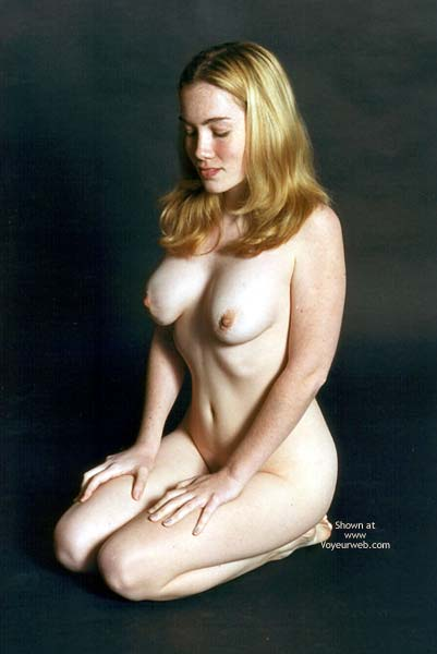 Pic #10 - Amy Nudes