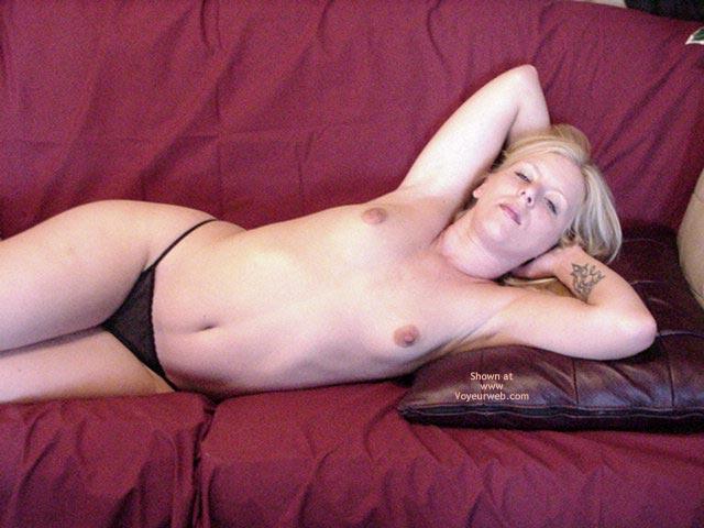 Pic #2 - Ana Topless
