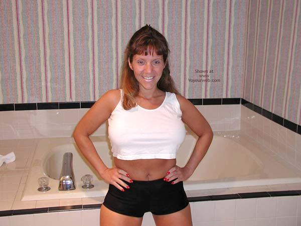 Pic #1 - *PA Hotwife Heather's Wet T-Shirt Contest