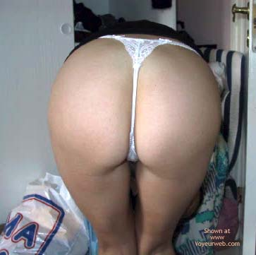 Pic #3 - The Perfect Ass??