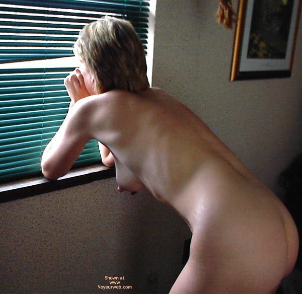 Pic #7 - Kimmy 5 By The Door And Window
