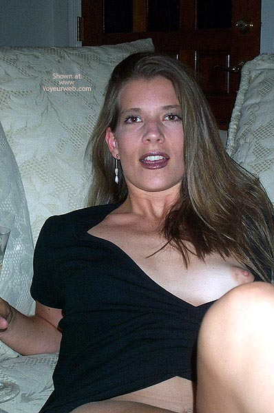 Pic #4 - Pamela Loosens Up 1