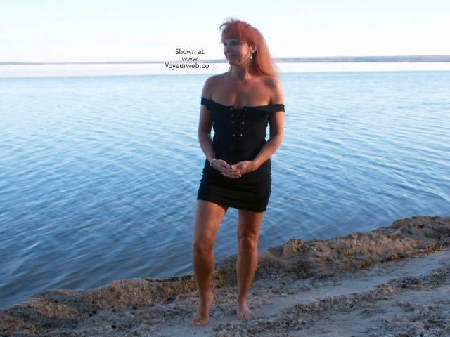 Pic #1 - 47 yo Red Tonya -11 Outdoor Sunset