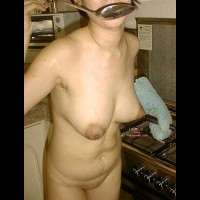 Asian Dyna in the Kitchen 2