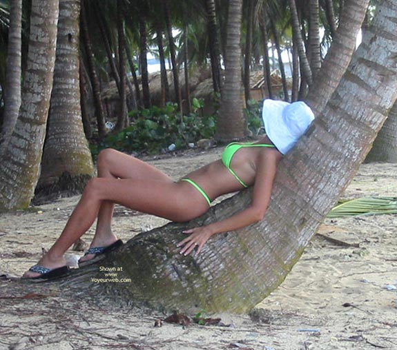 Pic #3 - *We Classywife On The Beach